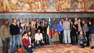 Guided tour inside the Slovenian parliament, as part of the students' induction week to Slovenian language and culture.